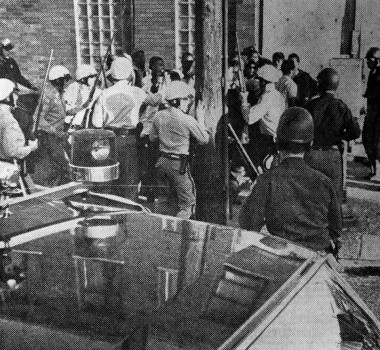 cops-and-rioters-clash-1967